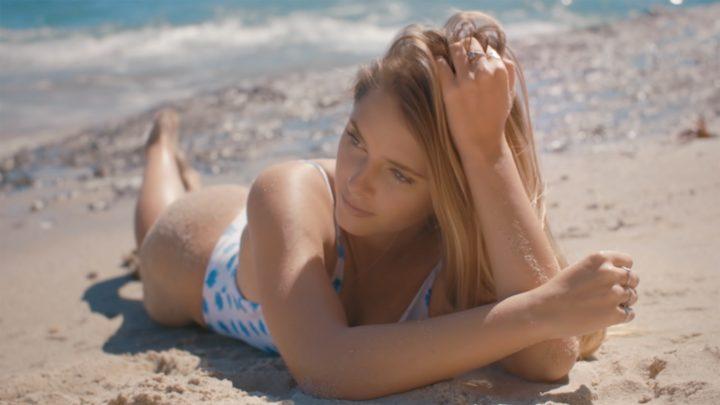 KLYMVX: Emily Zeck en featuring dans le clip